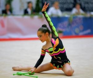 1291040720_rhythmic-gymnastics